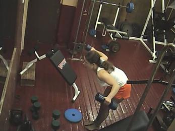 Fatty gal stripping in the gym!
