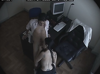 Sultry secretary giving head to her boss!